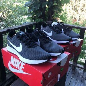 Nike Shoes - Nike Dual Tone Racer Size 10.5